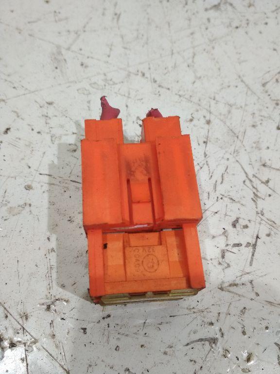 Крепление блока предохранителей   9015450340