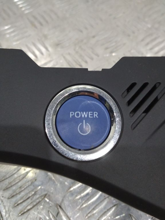 Кнопка запуска двигателя Toyota